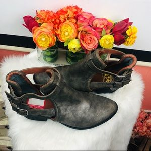 BC | Gray buckle ankle booties sz 10